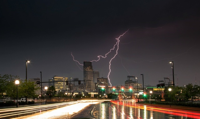 omaha lightening