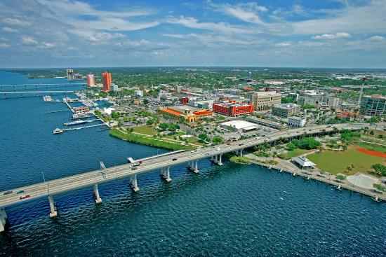 downtown-fort-myers